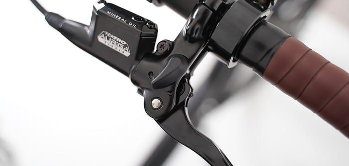 Cortoba-Urban-Deluxe-Plus-elektrische-bakfiets-zwart-zwart-6