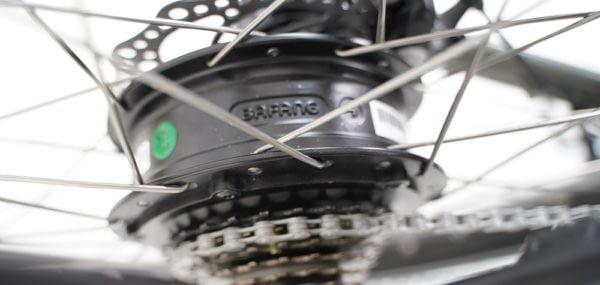 Cortoba-Urban-Deluxe-elektrische-bakfiets-Grijs-bruin-6-600x285