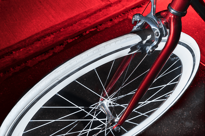 Classy-Red-detail-1-1