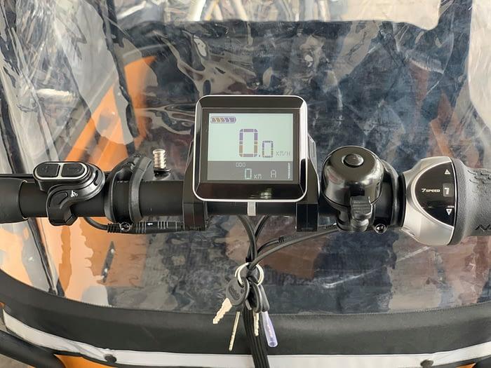 Popal elektrische bakfiets Cangoo Buckle 7V Mat Zwart display 2