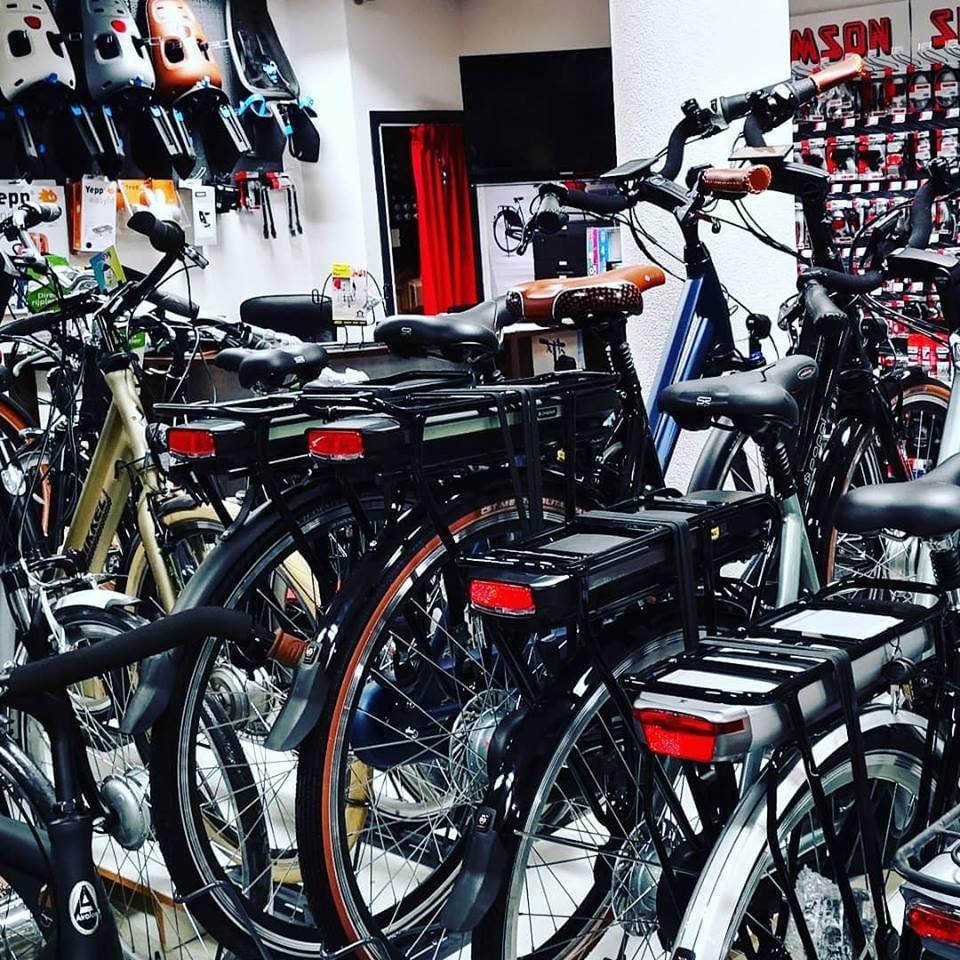 Elektrische fietsen 28 inch transportfietsen kopen bij Fietsenwinkel Rotterdam Fietshemel