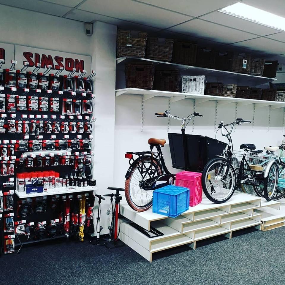 fietsen reparatie Simson plakset onderdelen fietsenwinkel Rotterdam Transportfietsen kopen